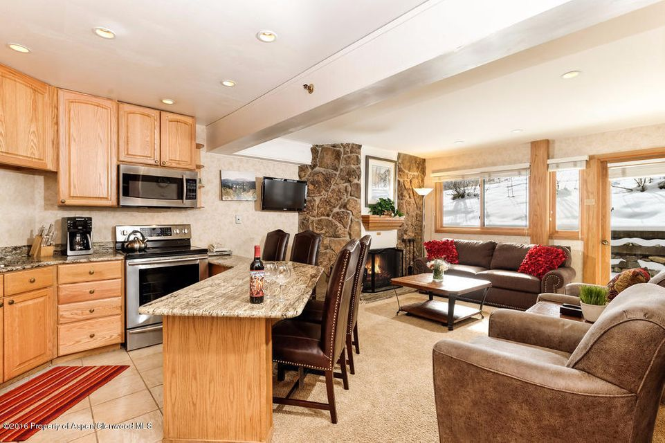 640 Carriage Way Unit 404, Snowmass Village, CO 81615