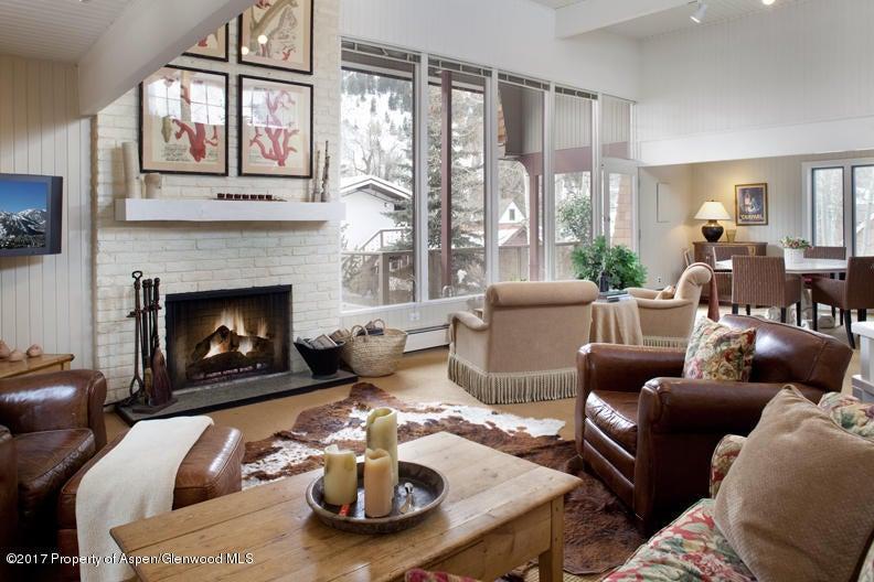 Aspen monarch model home