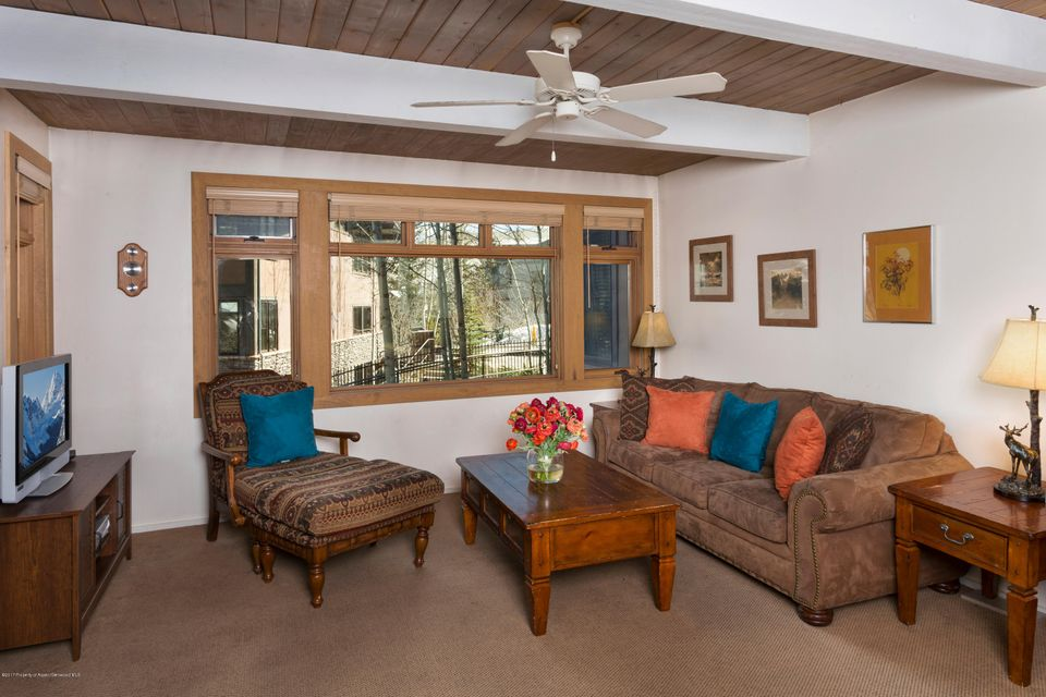 600 Carriage Way L6, Snowmass Village, CO 81615