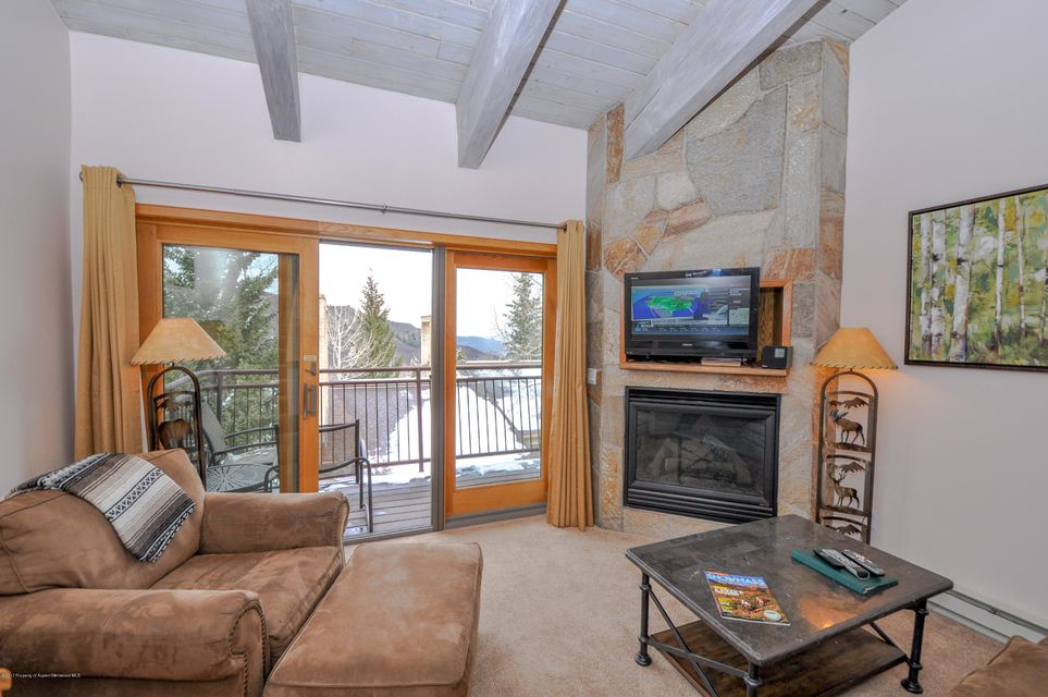 690 Carriage Way Unit 302, Snowmass Village, CO 81615