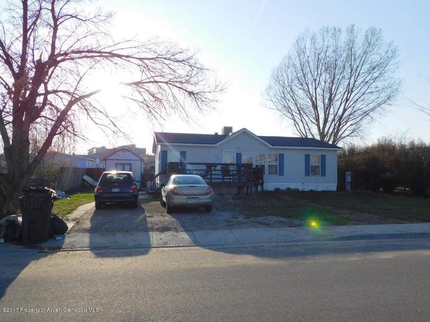 988 Sequoia Avenue, Craig, CO 81625
