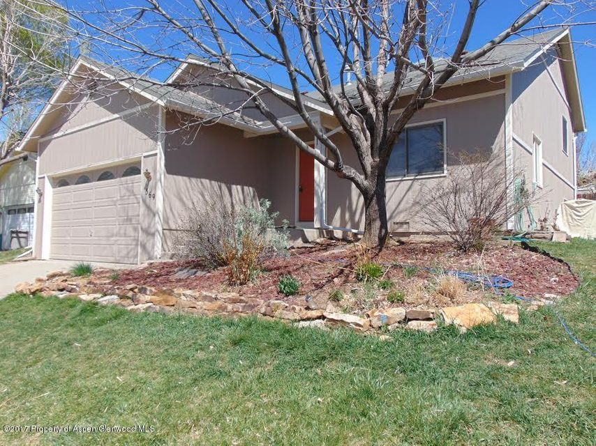 569 Ginseng Road, New Castle, CO 81647