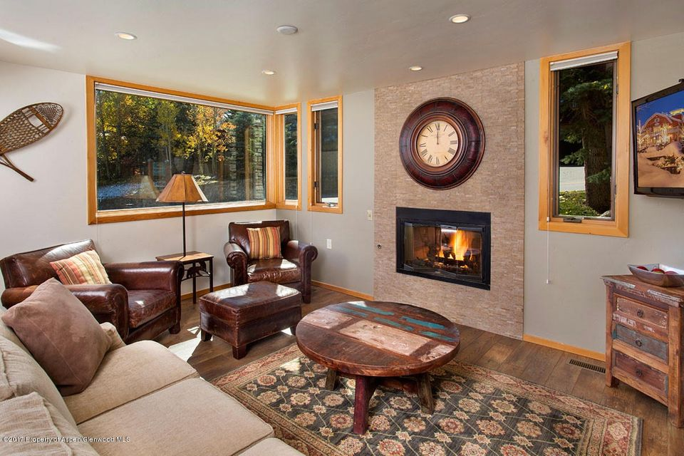 135 Carriage Way Unit 3, Snowmass Village, CO 81615