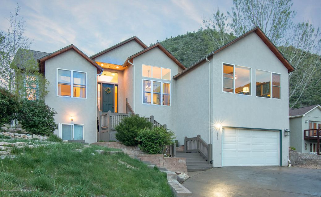 619 E 1st Street, New Castle, CO 81647