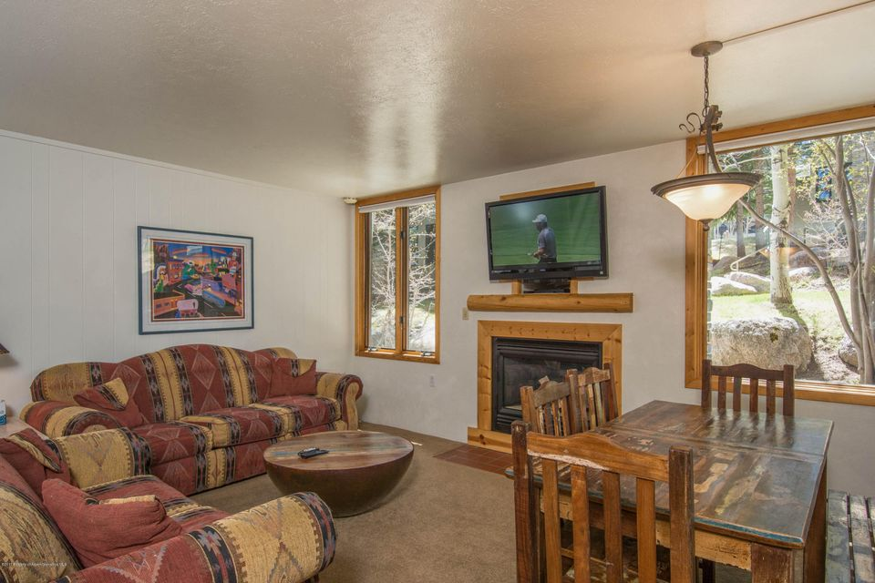135 Carriage Way 15, Snowmass Village, CO 81615
