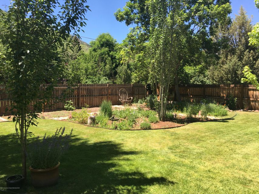 1733 Grand Avenue, Glenwood Springs, CO 81601