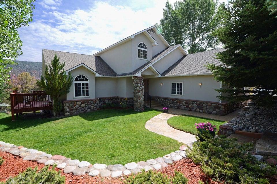 1135 Huebinger Drive, Glenwood Springs, CO 81601