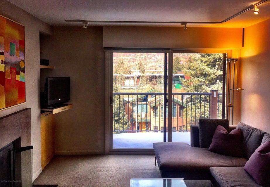 205 E Durant Avenue, 3-I - Central Core, Colorado