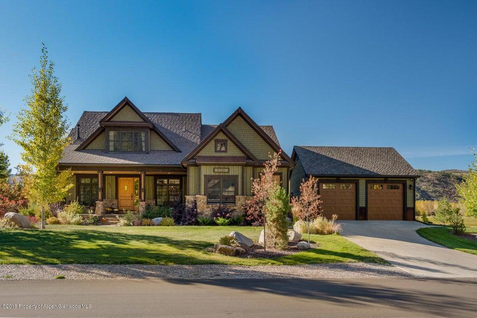201 Larkspur Drive,Carbondale,Colorado 81623,5 Bedrooms Bedrooms,5 BathroomsBathrooms,Residential Rentals,Larkspur,154160