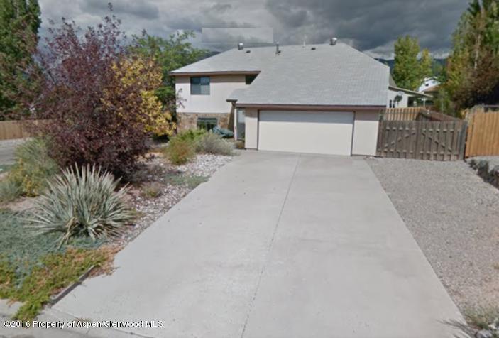 35 Dogwood Lane,Parachute,Colorado 81635,3 Bedrooms Bedrooms,3 BathroomsBathrooms,Residential Rentals,Dogwood,155154