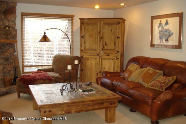 35 Upper Woodbridge Rd. Snowmass Village,Colorado 81615,2 Bedrooms Bedrooms,2 BathroomsBathrooms,Residential Sale,Upper Woodbridge Rd.,155284