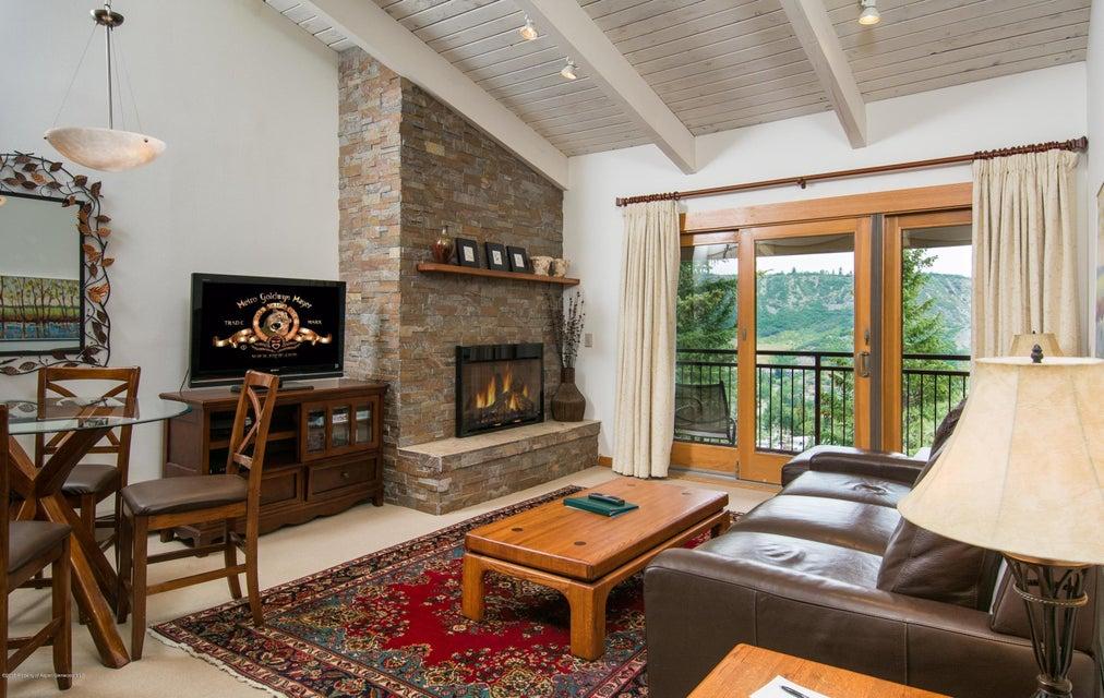 690 Carriage Way Snowmass Village,Colorado 81615,1 Bedroom Bedrooms,2 BathroomsBathrooms,Residential Sale,Carriage Way,155082