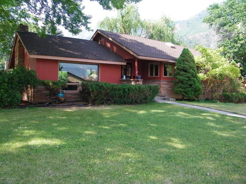201 Park Drive,Glenwood Springs,Colorado 81601,4 Bedrooms Bedrooms,3 BathroomsBathrooms,Residential Sale,Park,155390
