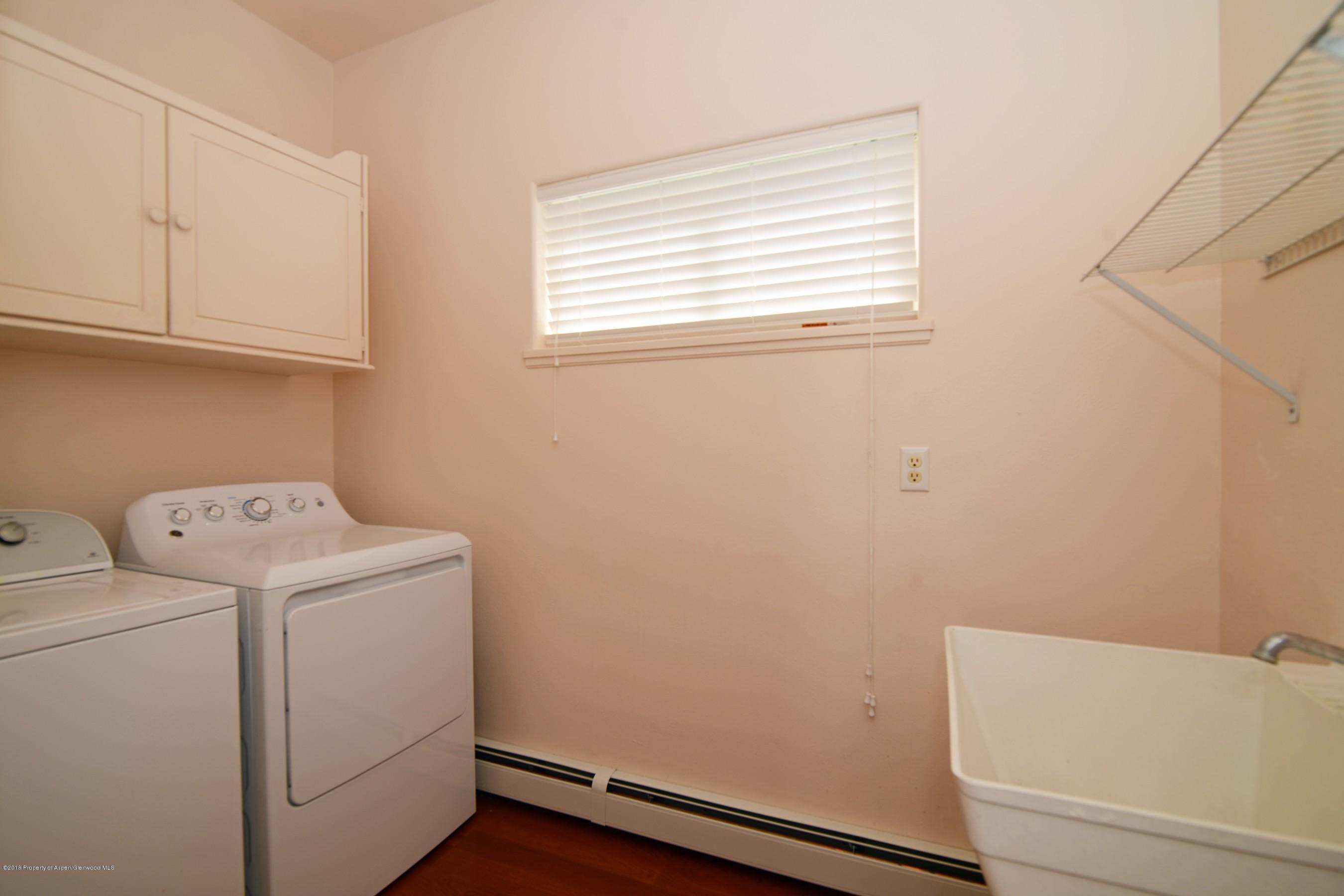 1122 Westlook Drive Glenwood Springs,Colorado 81601,3 Bedrooms Bedrooms,3 BathroomsBathrooms,Residential Sale,Westlook Drive,155406