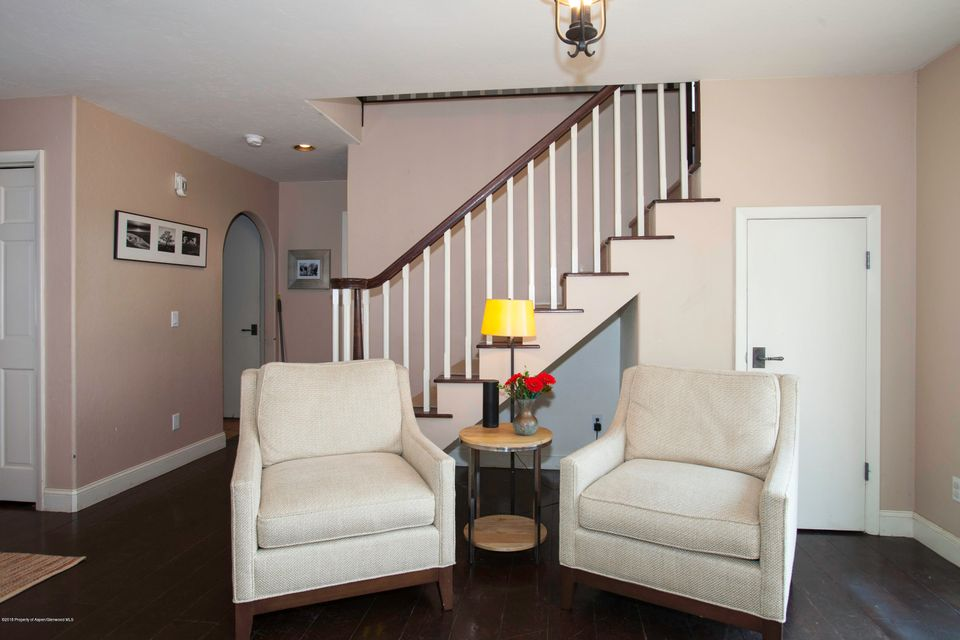 64 Hopi Carbondale,Colorado 81623,3 Bedrooms Bedrooms,4 BathroomsBathrooms,Residential Sale,Hopi,155408