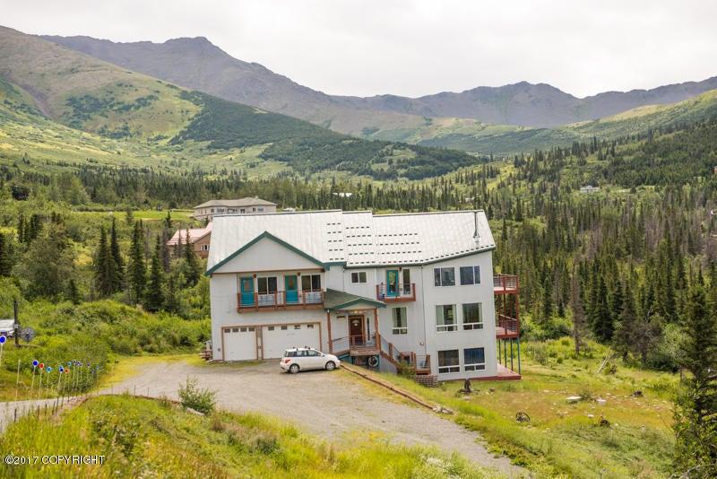 16528 Kings Way Drive, Anchorage, AK 99516