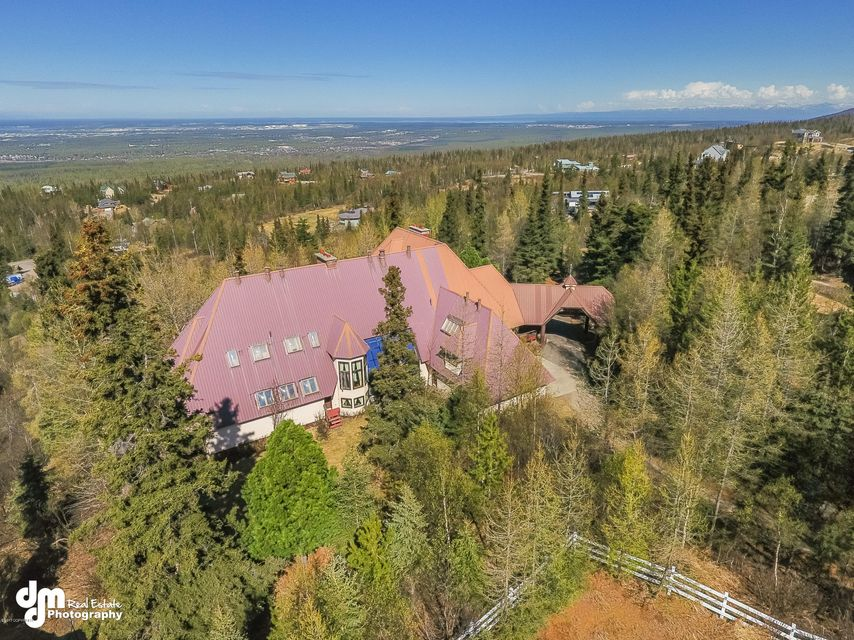 9921-9927 Nearpoint Drive, Anchorage, AK 99507