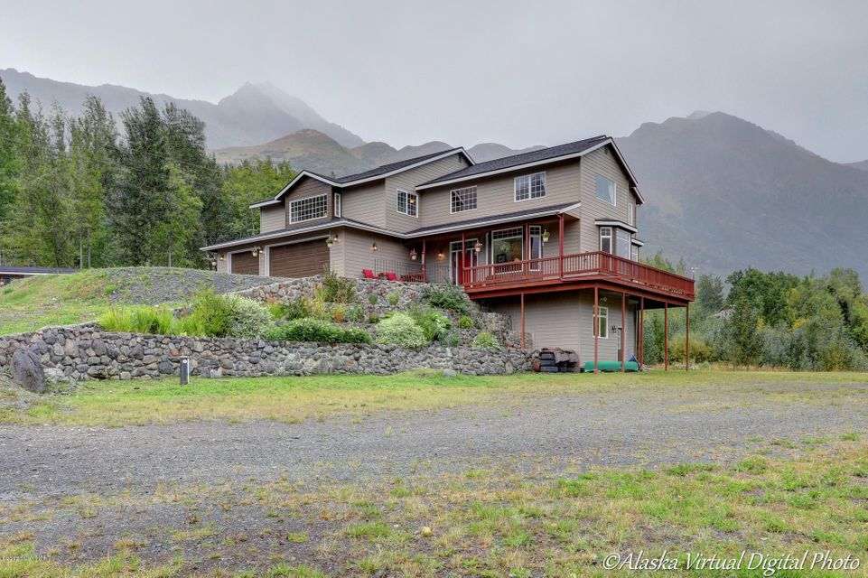 3300 Bear Ridge Cir, Eagle River, AK 99577