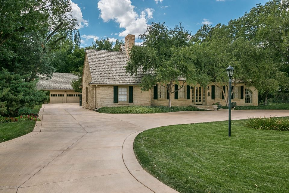 Photo of home for sale at 3208 Ong St S, Amarillo TX