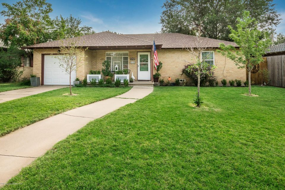 Photo of home for sale at 2031 Crockett St, Amarillo TX