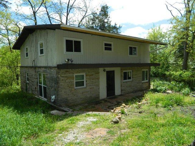 6803 State Road C, Fulton, MO 65251