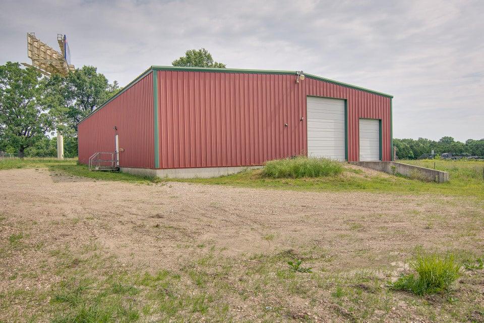8713 County Road 142, Williamsburg, MO 63388