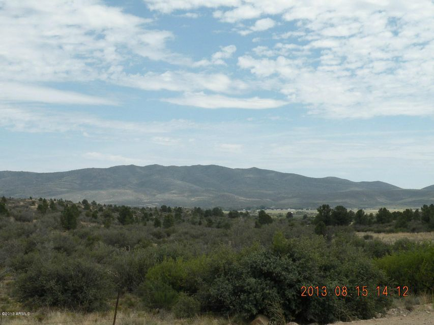 17424 S Juniper Drive Lot 61, Peeples Valley, AZ 86332