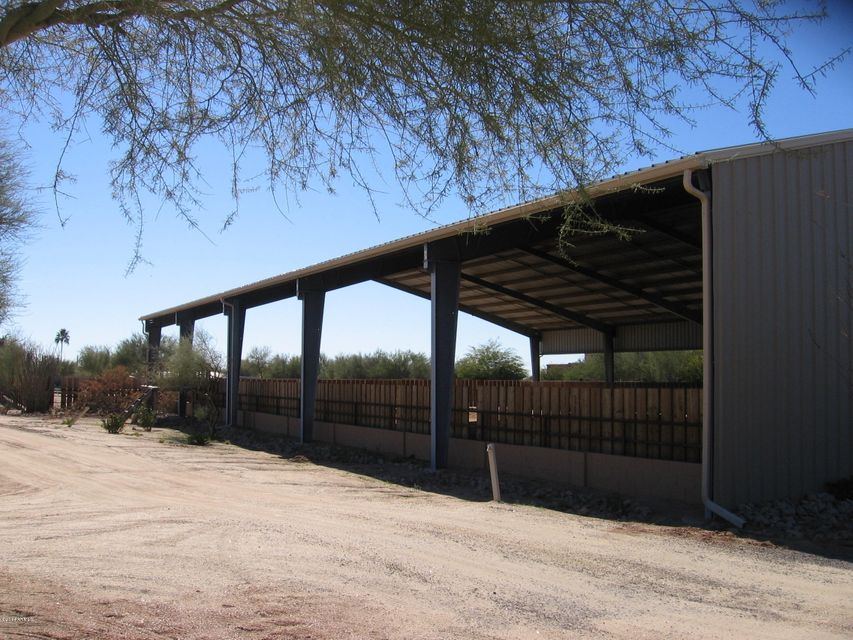 Photo of 5725 E LONE MOUNTAIN Road, Cave Creek, AZ 85331