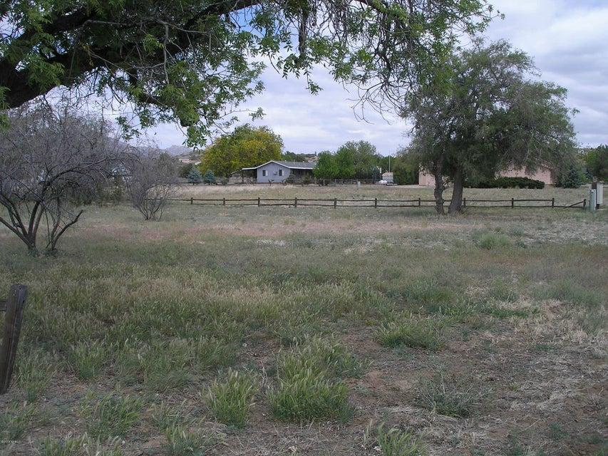 16550 W UNKNOWN MEXICAN Avenue Lot 127, Peeples Valley, AZ 86332