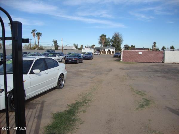 880 E CHANDLER Boulevard, Chandler, AZ 85225