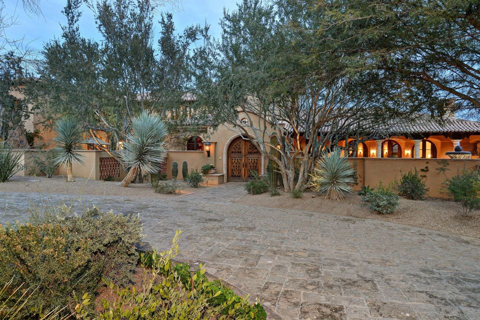 Photo of 5515 N SAGUARO Road, Paradise Valley, AZ 85253