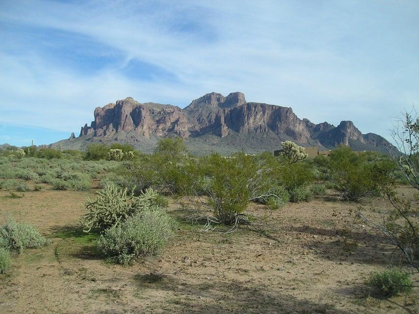 3450 N Mountain View Road, Apache Junction, AZ 85119