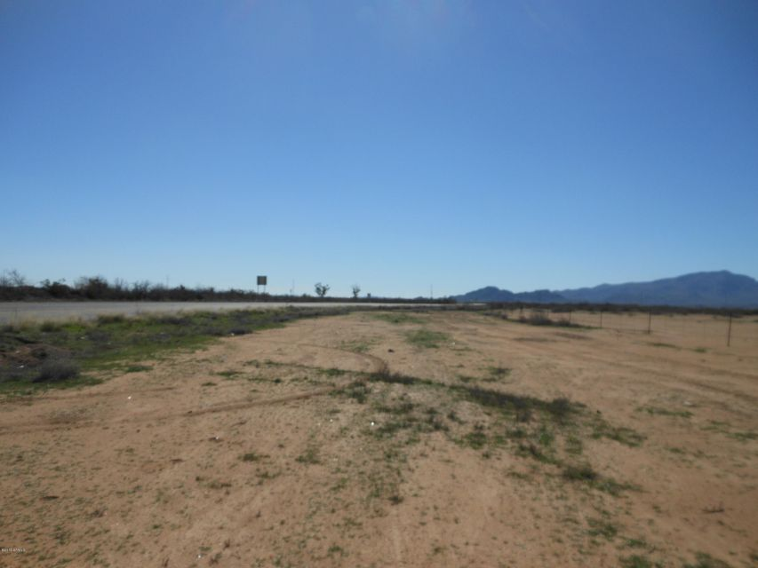 499th N SR-71 Avenue Aguila, AZ 85320 - MLS #: 5225351