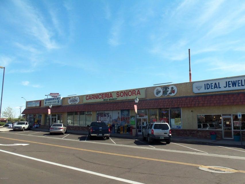 8287 W WASHINGTON Street, Peoria, AZ 85345
