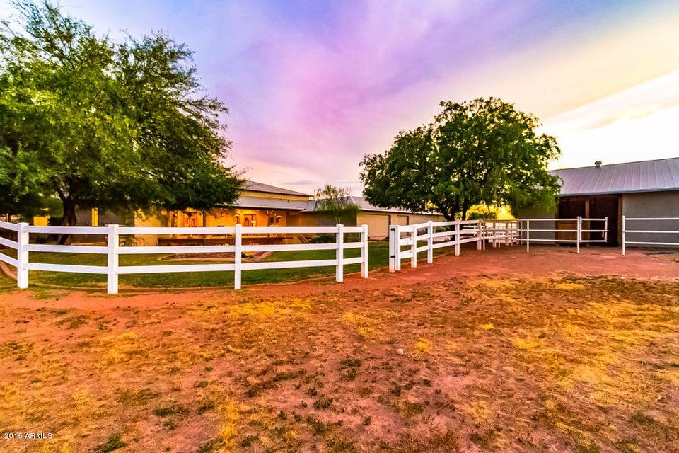 MLS 5313901 24613 S 220 th Street, Queen Creek, AZ Queen Creek AZ Equestrian
