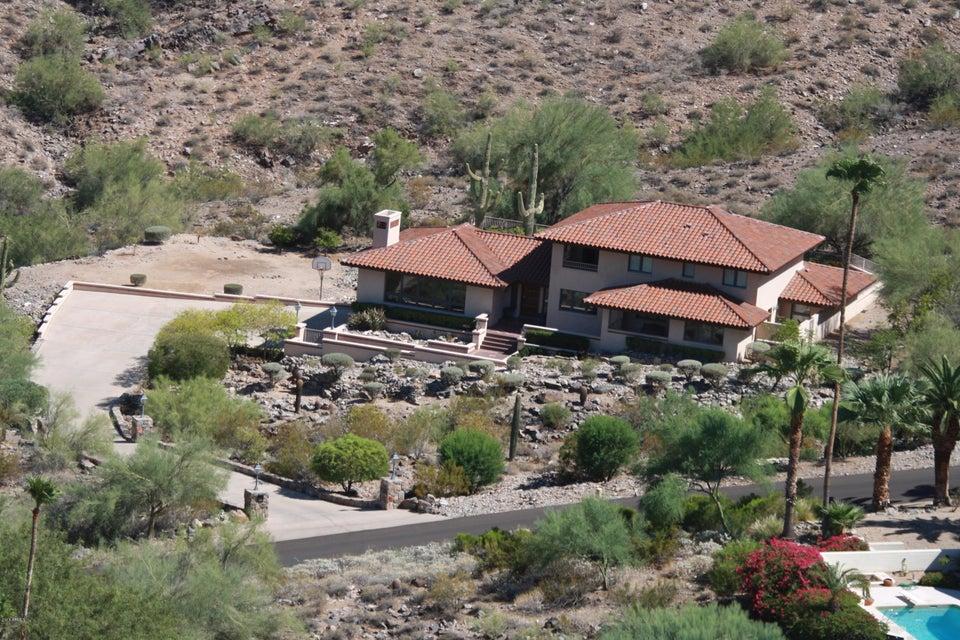 8151 N Charles Drive Paradise Valley, AZ - 85253