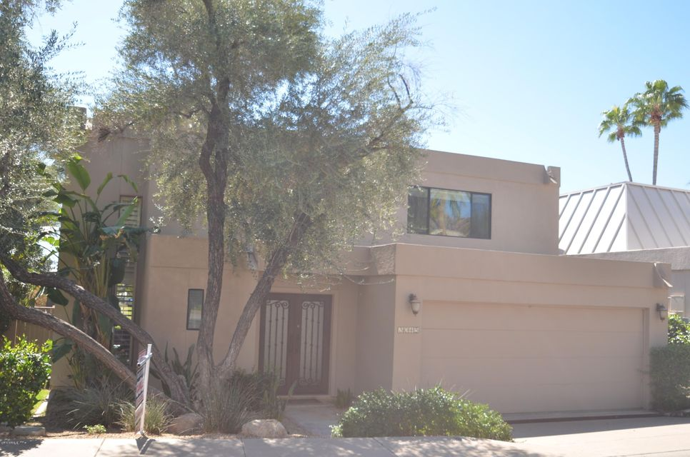 3045 E CLAREMONT Avenue, Phoenix, AZ 85016