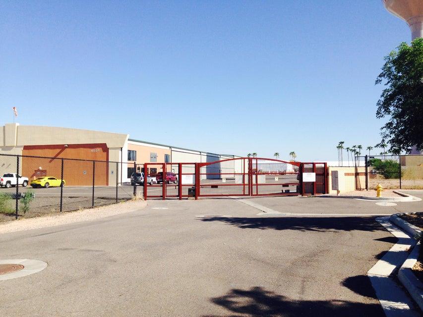 4746 E MCKELLIPS Road, Mesa, AZ 85215