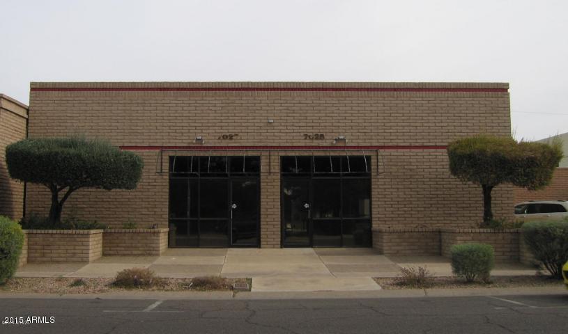 7025 N 56TH Avenue, Glendale, AZ 85301