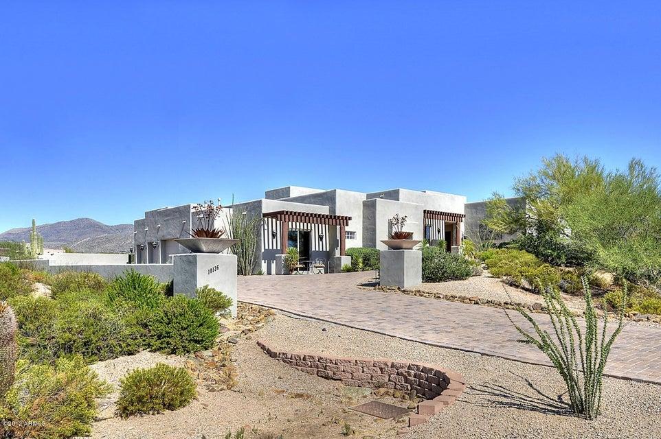 Photo of 10136 E FILAREE Lane, Scottsdale, AZ 85262