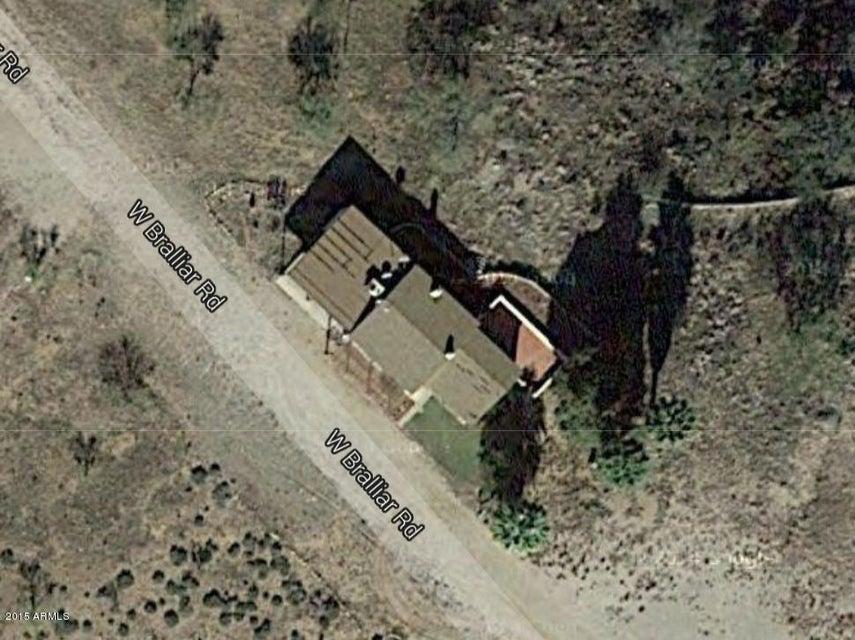 MLS 5370381 31910 W BRALLIAR Road, Wickenburg, AZ 85390 Wickenburg AZ One Plus Acre Home