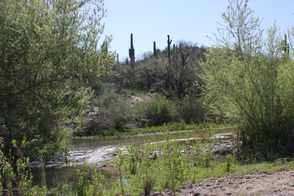 0000 W Table Mesa Rd, Black Canyon City, AZ 85324