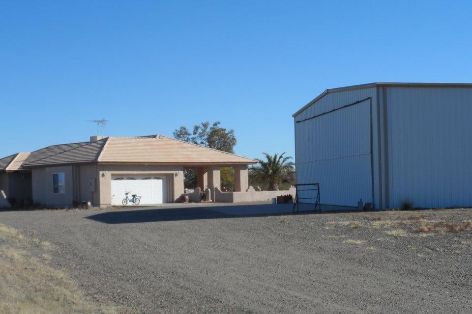 48235 N 513TH Avenue, Aguila, AZ 85320
