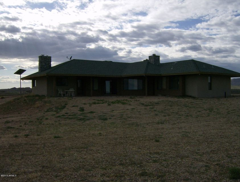 17501 S Lava Ridge Road, Congress, AZ 85332