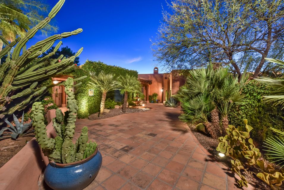 5783 E VIA LOS CABALLOS --, Paradise Valley, AZ 85253