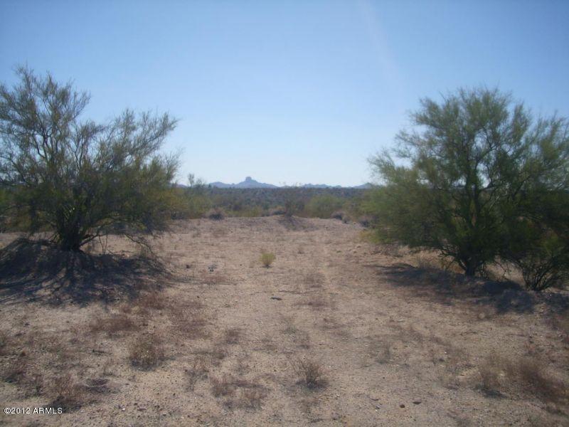17370 W LARREA Trail, Wickenburg, AZ 85390
