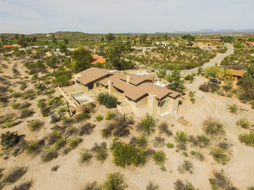 MLS 5408893 2061 W CONDOR Road, Wickenburg, AZ 85390 Wickenburg AZ One Plus Acre Home
