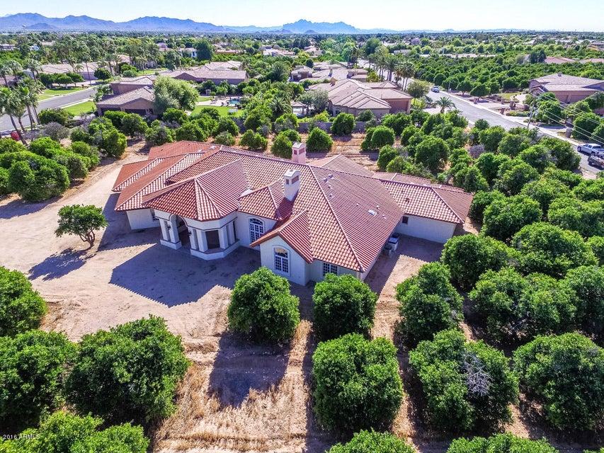 1433 N VAL VISTA Drive, Mesa, AZ 85213