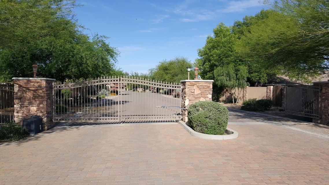 2321 E ESCONDIDO Place, Gilbert, AZ 85234