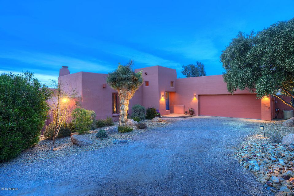 2042 W RABBIT Road, Wickenburg, AZ 85390
